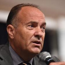 Младен Шарчевић, министар просвете